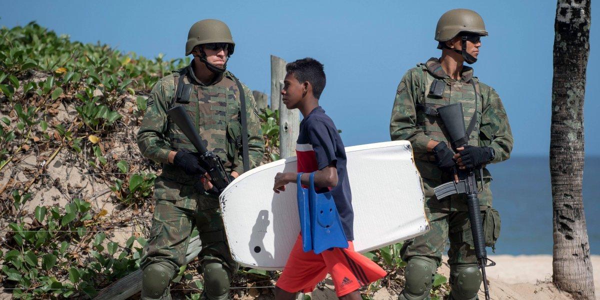 Violencia fuera de control: Temer decide intervenir Río de Janeiro con las Fuerzas Armadas