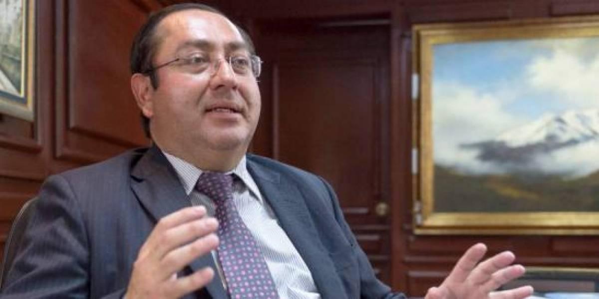 Resultado de imagen para ministro de finanzas ecuador