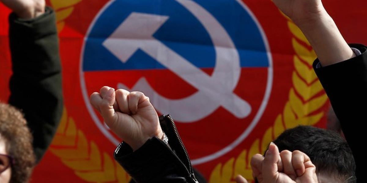 Venezuela: Partido Comunista de Chile legitima el gobierno de Maduro y critica a la Cancillería chilena