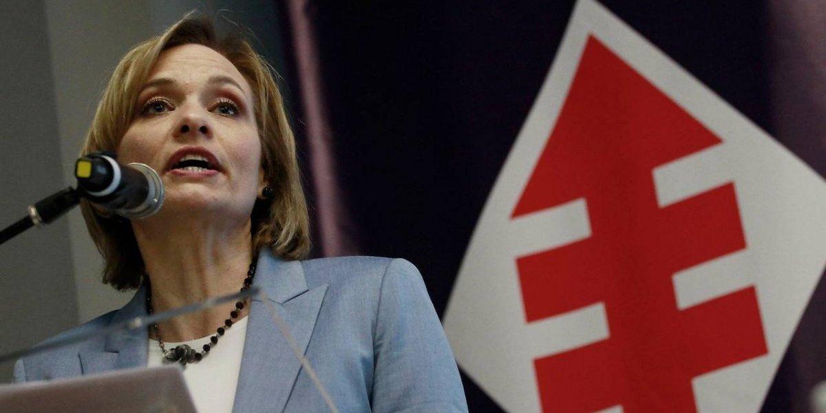 Crisis en la DC: Carolina Goic anunciará esta noche si continúa con su candidatura presidencial