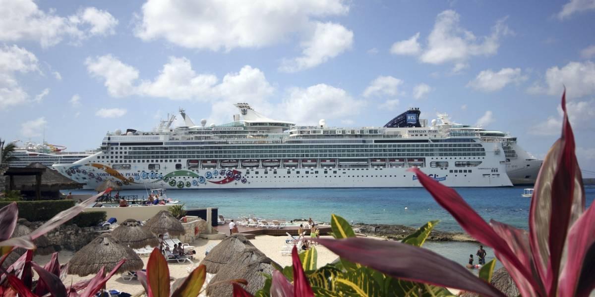 Más de 200 pasajeros de un crucero regresan a Florida por virus estomacal