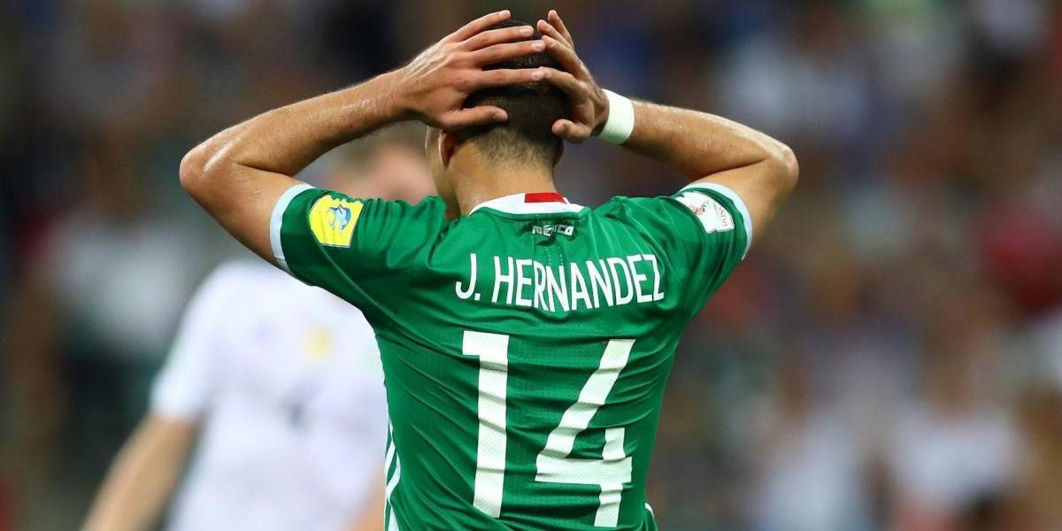 'Chicharito', sin preocupaciones por su nuevo número en el West Ham