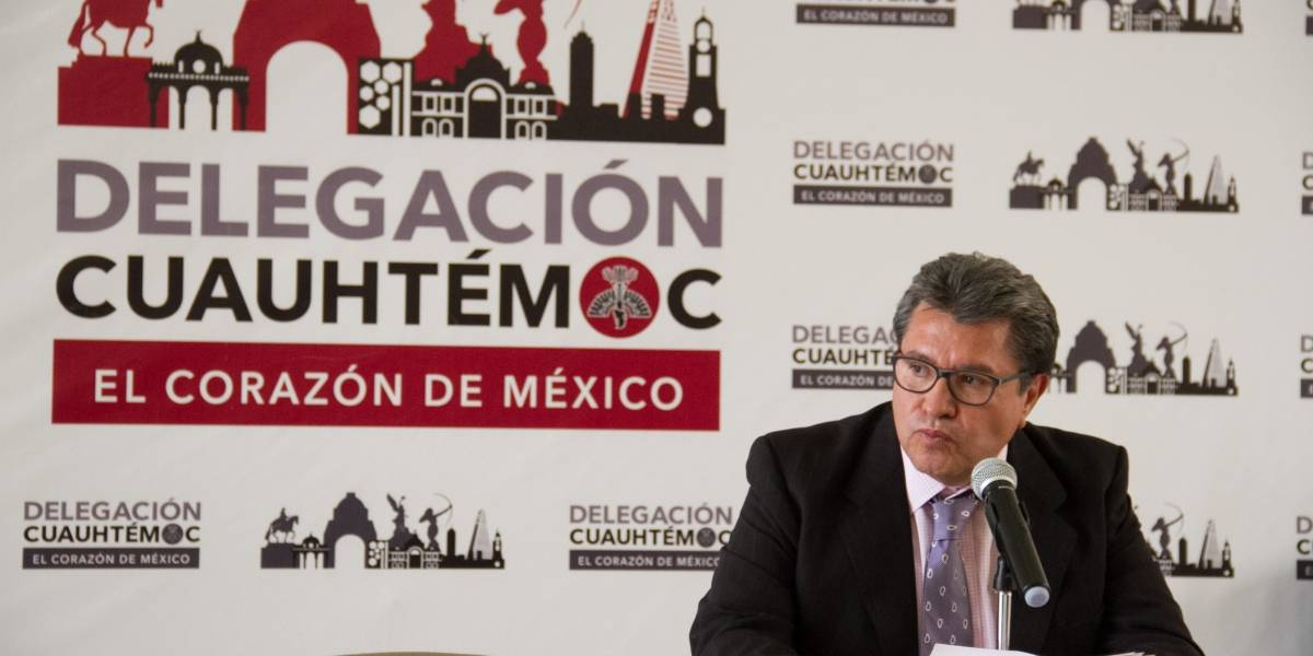 Ricardo Monreal es favorito para gobernar CDMX, según encuestas