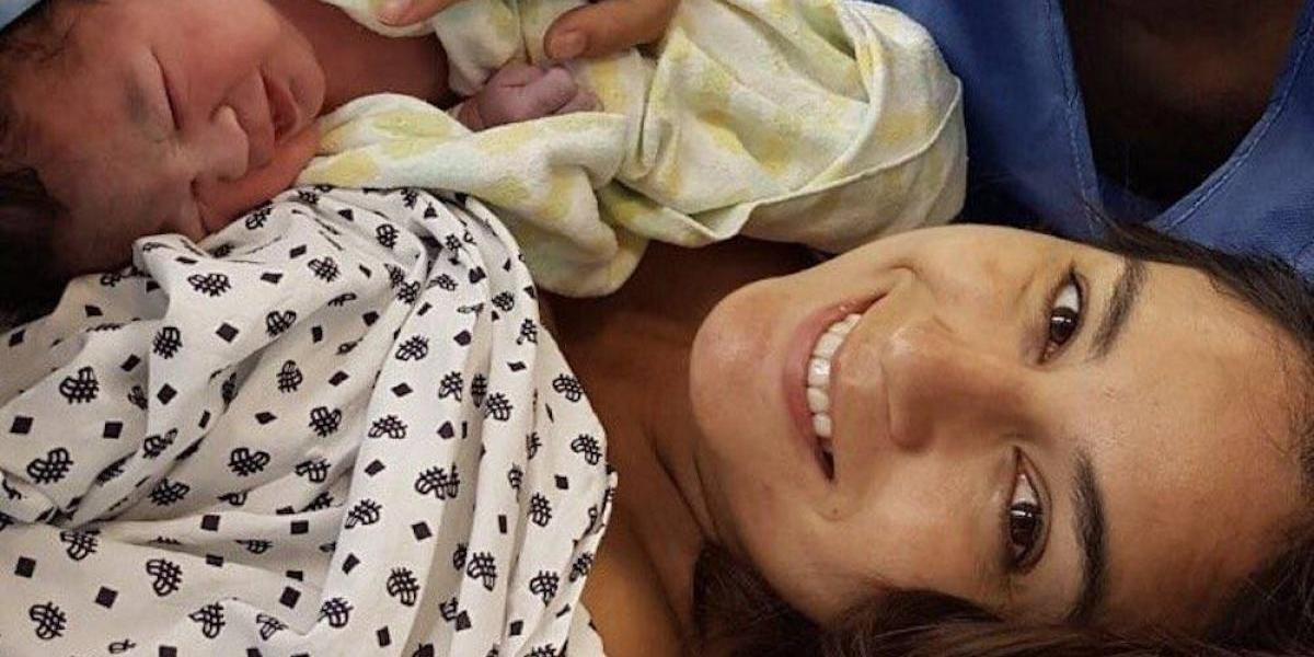 Paola Espinosa e Iván García presumen el nacimiento de su hija Ivana