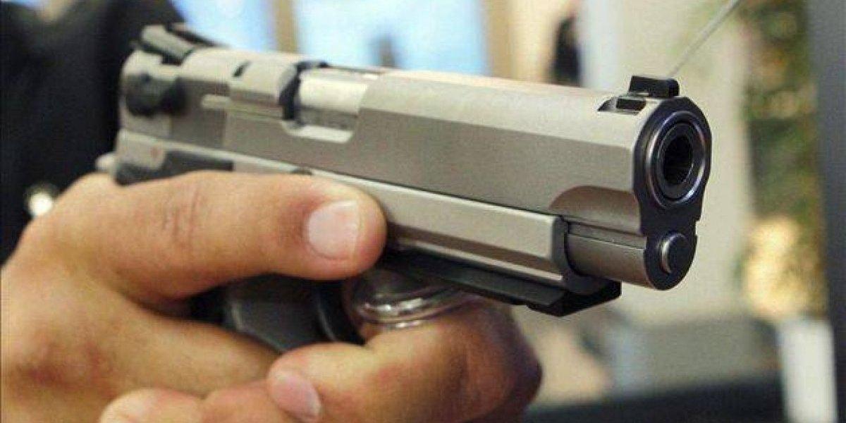 Cuatro personas mueren tiroteadas en un vehículo en el municipio de Guerra