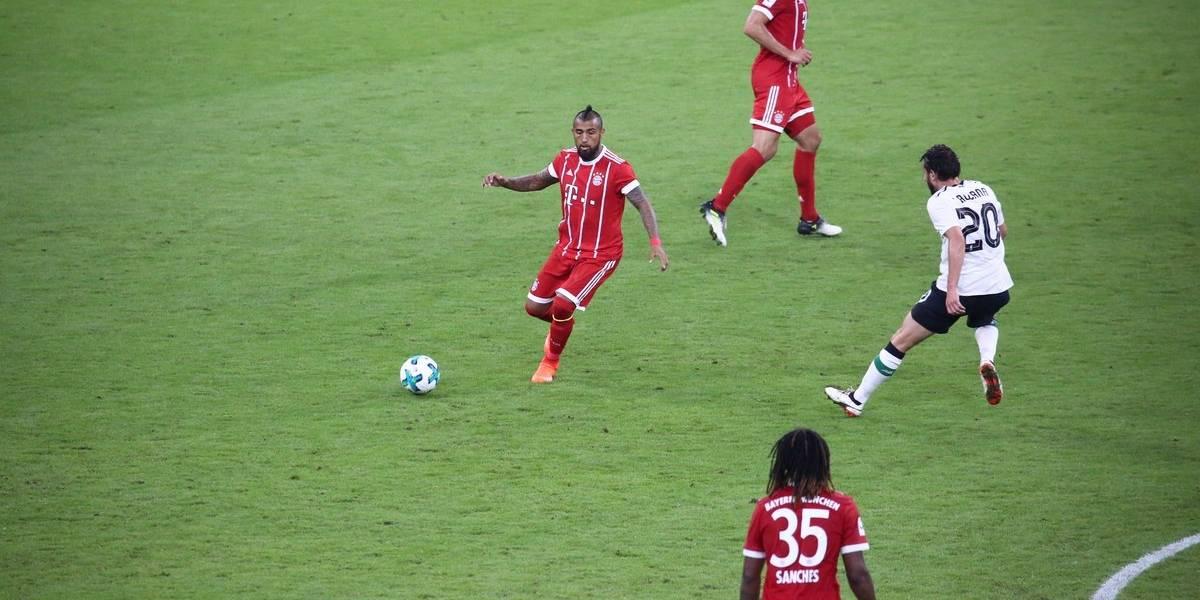 Vidal volvió a jugar en fea derrota del Bayern ante Liverpool