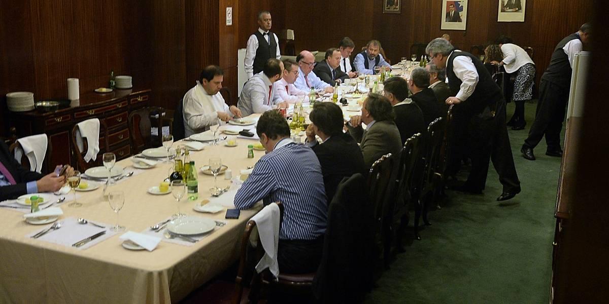 Crisis en la DC: bancada de diputados pone sus cargos a disposición de Goic