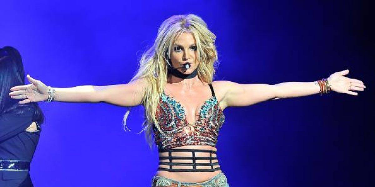 Britney Spears no resistió y bailó al ritmo de J Balvin junto a su nuevo novio