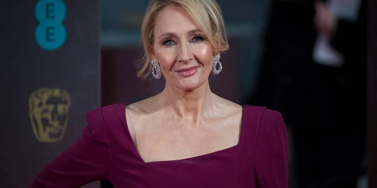 La autora J.K.Rowling se disculpa por una crítica hecha a Donald Trump