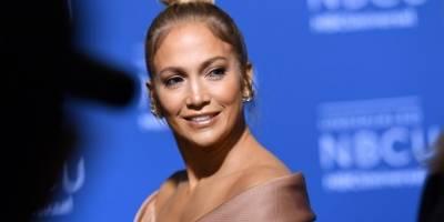 Jennifer López dedica mensaje de condolencias a Marc Anthony