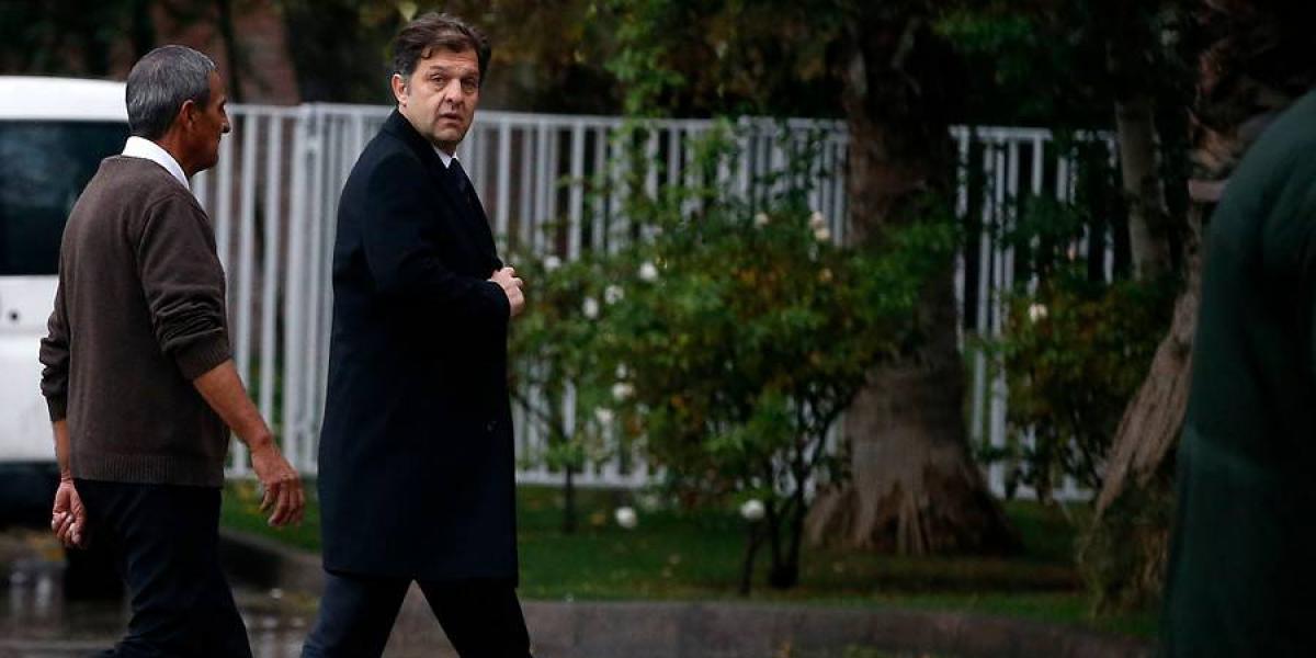 """Colo Colo en llamas: directorio de ByN dividido y Club Social le recuerda """"caso Cascadas"""" a Vial"""