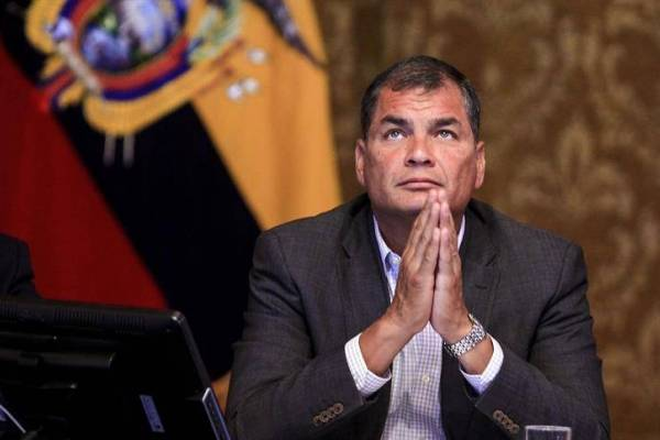 Correa: 'El Presidente le mintió al país'