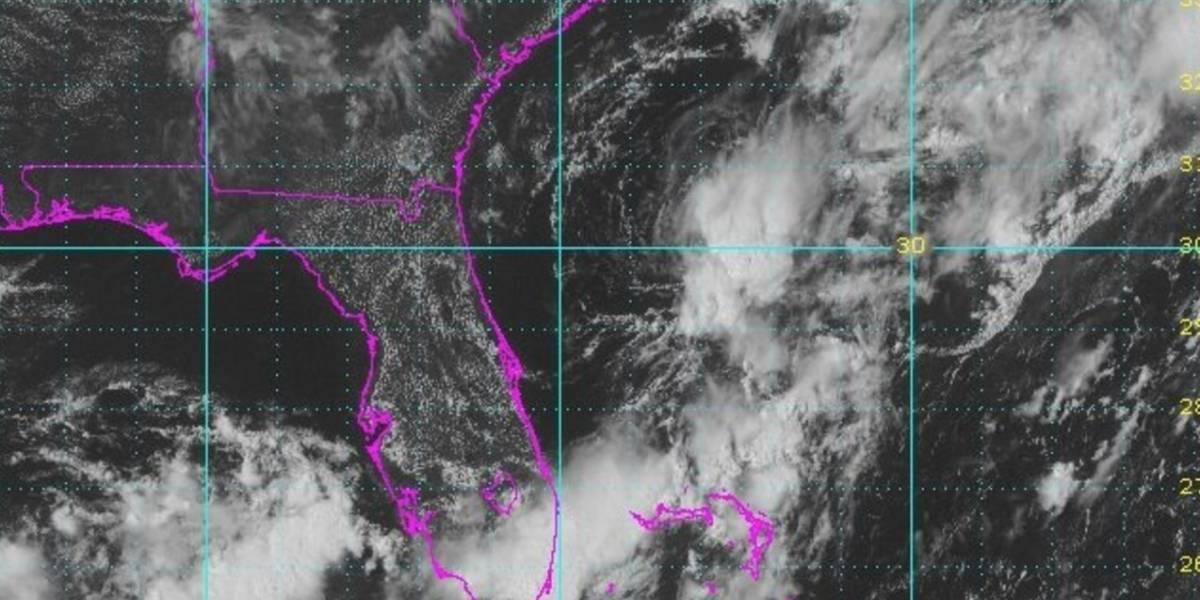 Depresión tropical Emily se aleja de Florida