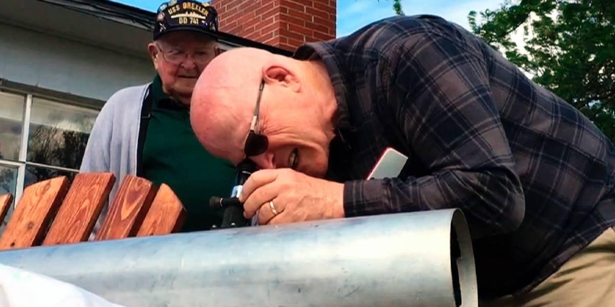 Padre e hijo listos para eclipse tras faltar al del 79