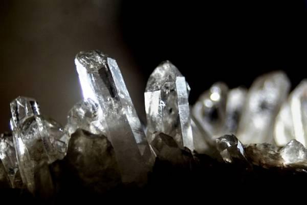 Teoría de redes utilizada para Facebook permite predecir la existencia de 1.500 nuevos minerales