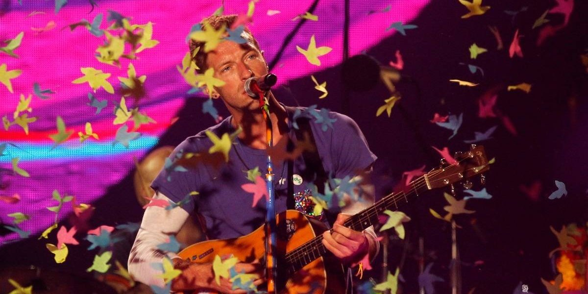 Coldplay realizó un emotivo homenaje a Chester Bennington