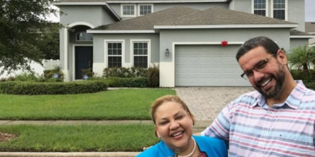 Padres de Lejuan James disfrutan de su nueva casa