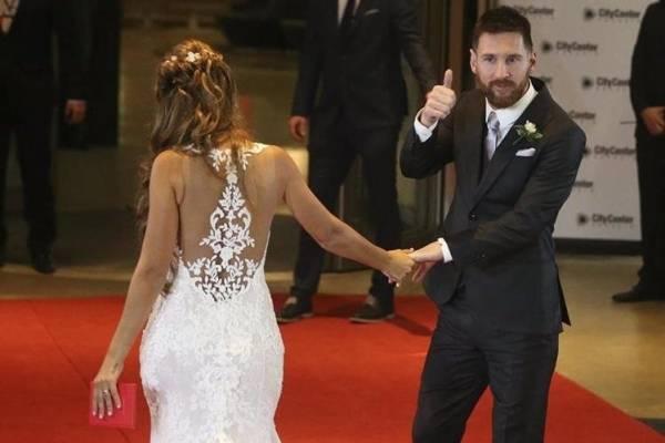 14 000 dólares dejaron los invitados a la boda de Messi y Roccuzzo
