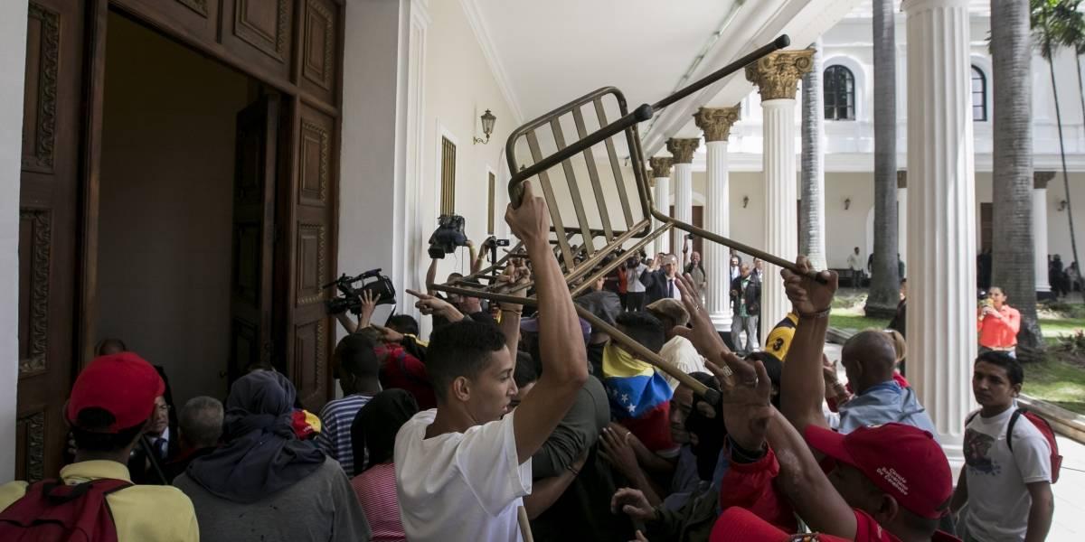 """""""Es el inicio del fin"""": ¿Por qué mañana es un día clave en Venezuela?"""