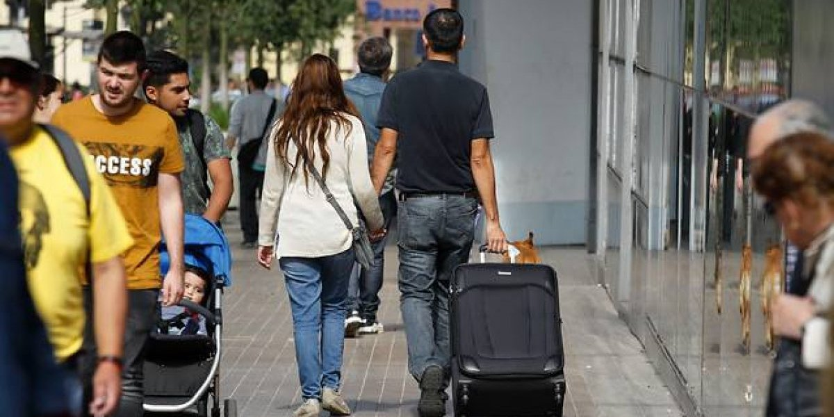 Mendoza quiere instalar zona franca para frenar oleada de argentinos comprando en Chile