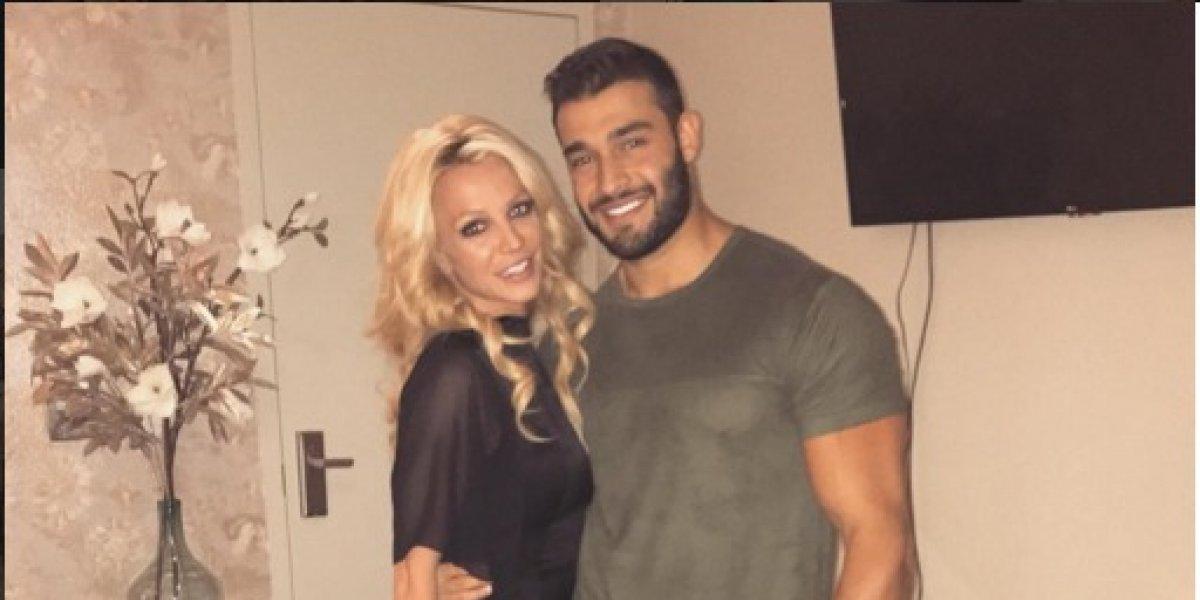 Viralizan foto de novio de Britney Spears mostrando su parte íntima