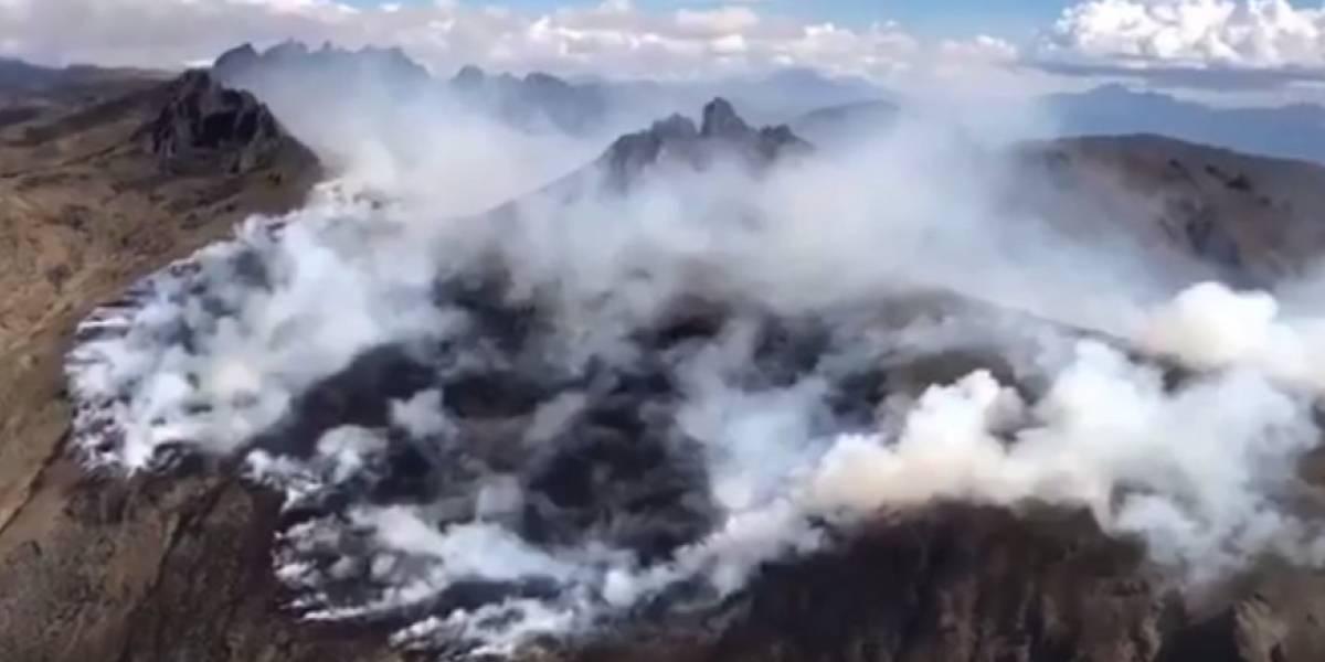 Incendio forestal en el cerro Puntas