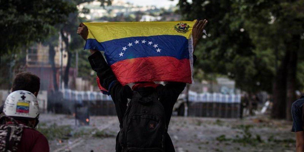 Cancillería: nuevo huésped llega a embajada de Chile en Caracas y suman así 6 venezolanos acogidos