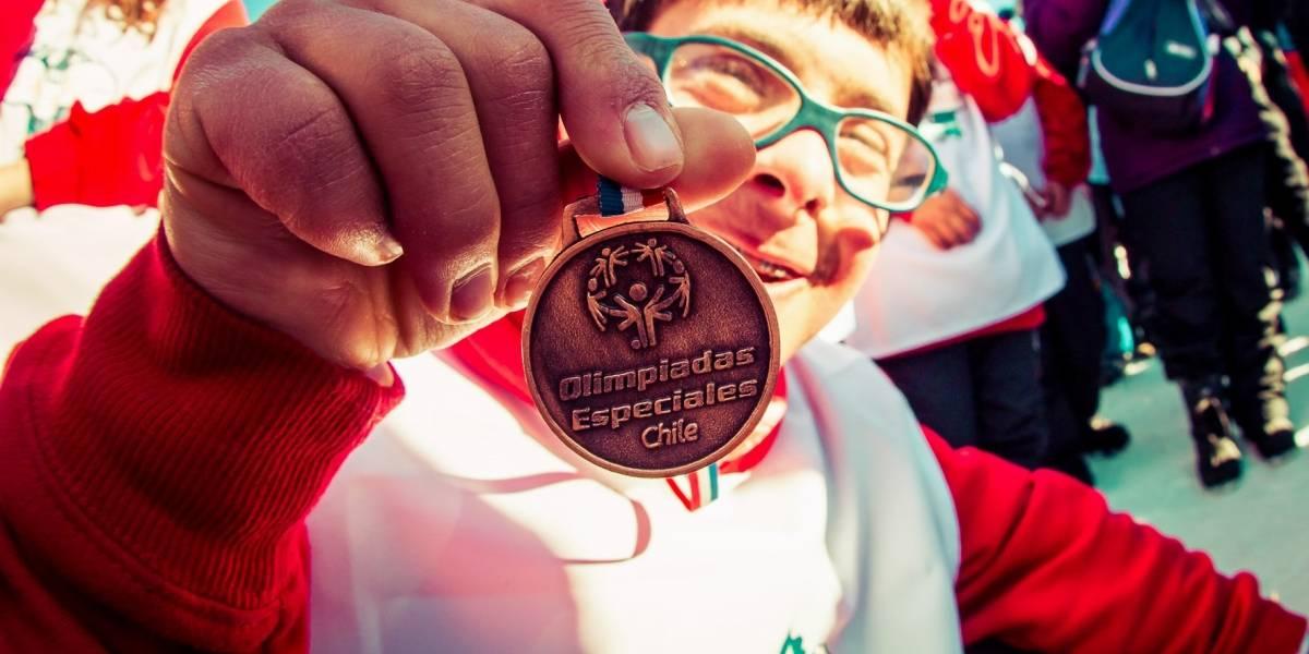 Olimpiadas Especiales Chile realiza su campeonato de snowboard inclusivo