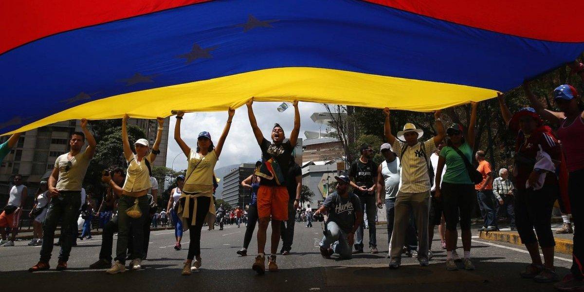 Futbolista fue encarcelado por protestar en contra de Nicolás Maduro