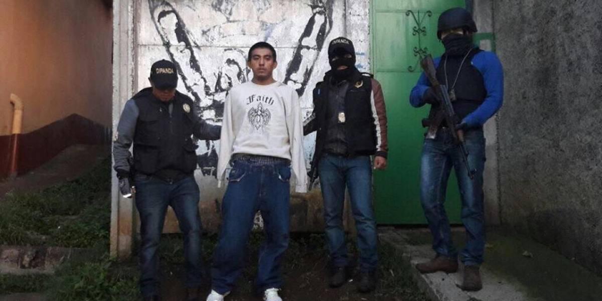 Pandilleros y agentes de PNC se enfrentan a balazos en Villa Nueva
