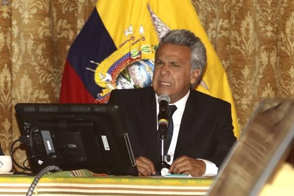 Lenín Moreno a los ecuatorianos: Que las redes sirvan para la paz