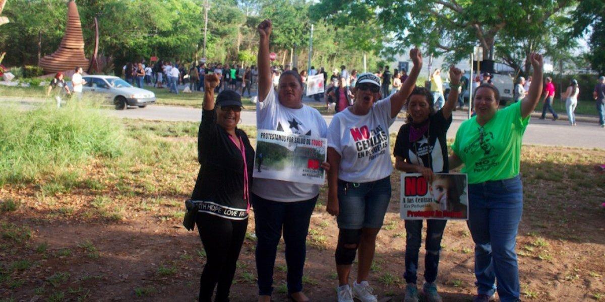 Lucha contra las cenizas de carbón tiene rostro de mujer