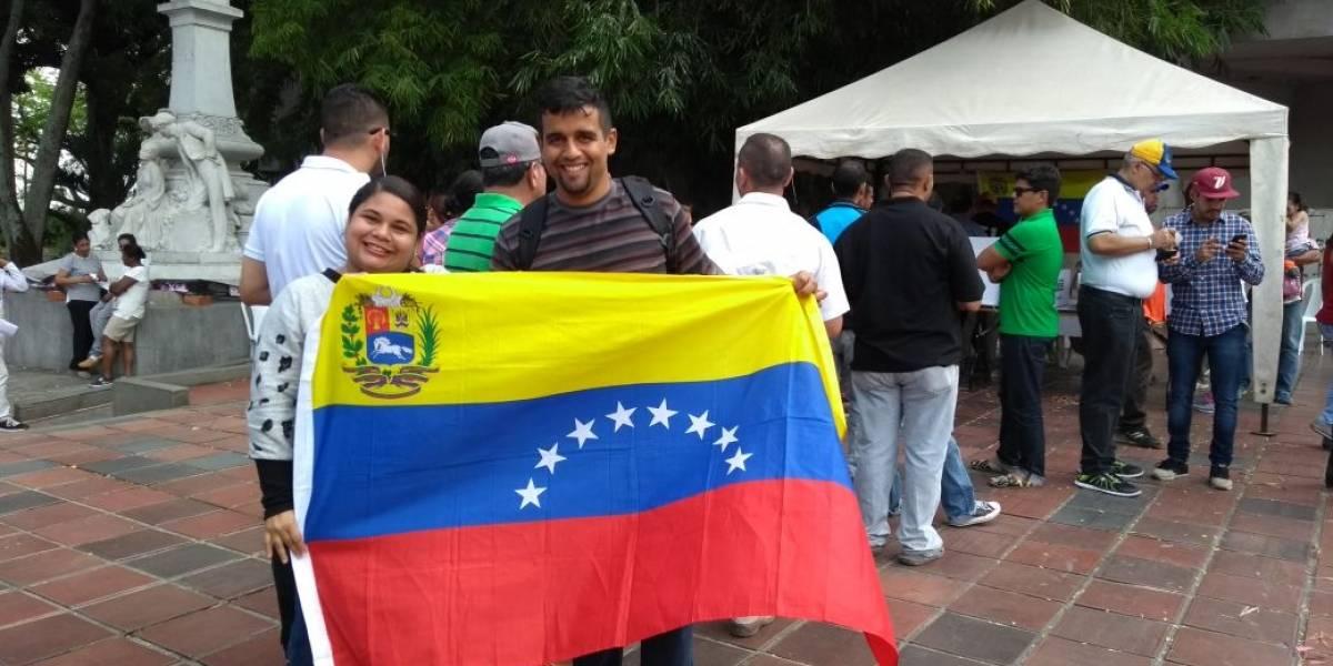 Desde Cali, venezolanos sufren por el futuro de su país