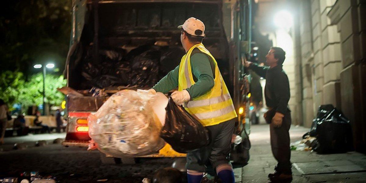 Til Til pierde otro gallito: KDM ahora llevará también la basura de Puente Alto