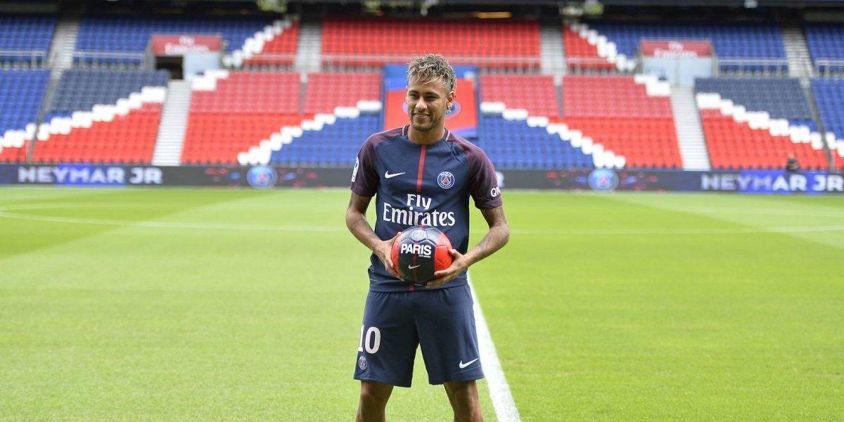 VIDEO: Así fue la presentación de Neymar con el PSG