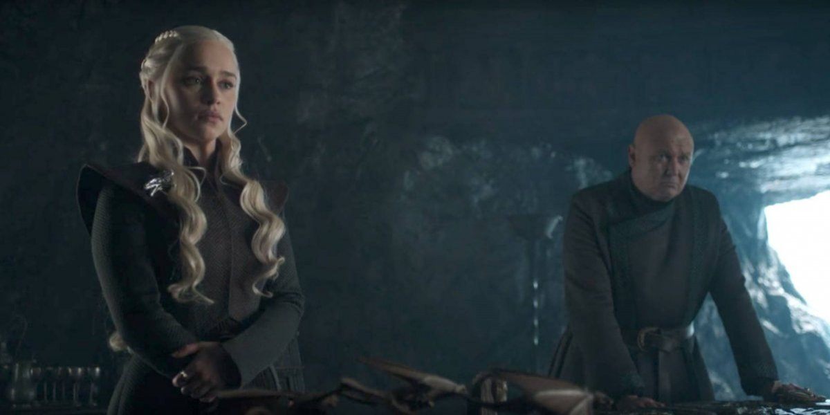 "Emilia Clarke se tatúa a sus ""hijos dragones"" de Game of Thrones"
