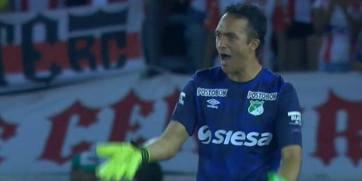 Ricardo Jerez se luce en la Sudamericana pero su equipo falla