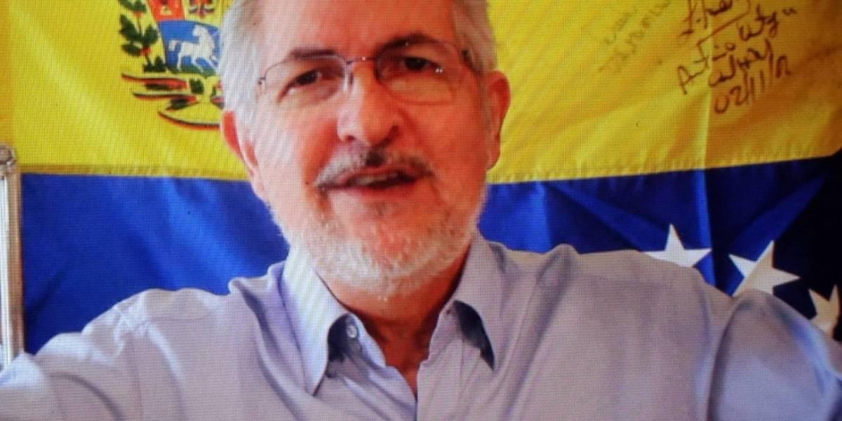 Antonio Ledezma regresa a su casa para cumplir arresto domiciliario