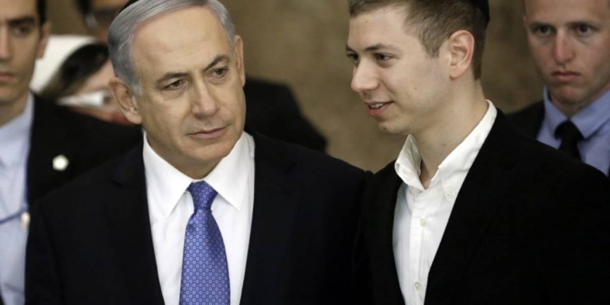 """Hijo de Netanyaju se negó a recoger el excremento de su perro y """"se arma"""" la batalla en Twitter"""