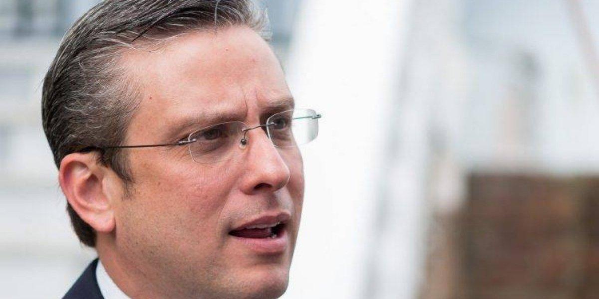 García Padilla dice Rosselló puede vender la AEE por los pasos que él dio en su administración