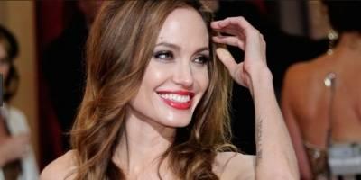 Netflix lanza el primer tráiler de la polémica cinta de Angelina Jolie