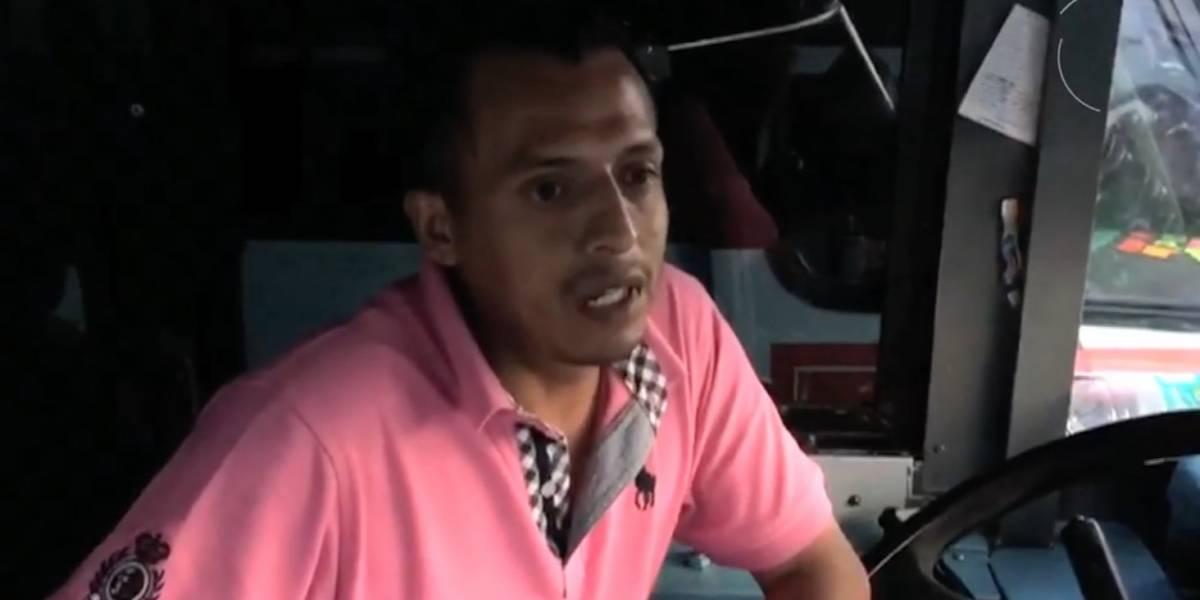 Chofer de microbús fue 'asaltado' por porra de Pumas