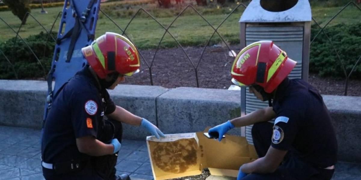 Pánico viven personas al localizar restos humanos en una caja de cartón