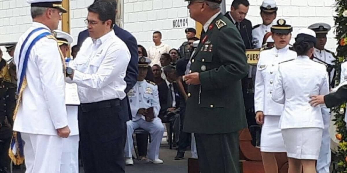Gobierno de Honduras otorga Gran Cruz de las Fuerzas Armadas a Vidal Soberón