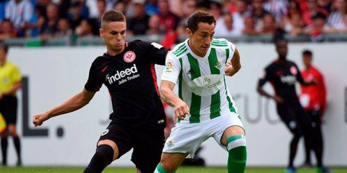 Guardado y el Betis son goleados por el Eintracht Frankfurt