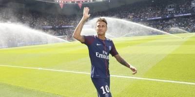 PSG divulga vídeo de treino com Neymar brilhando