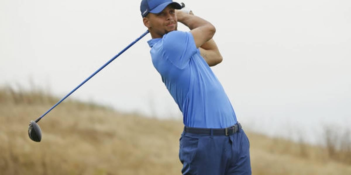 Stephen Curry debuta a lo grande como golfista profesional