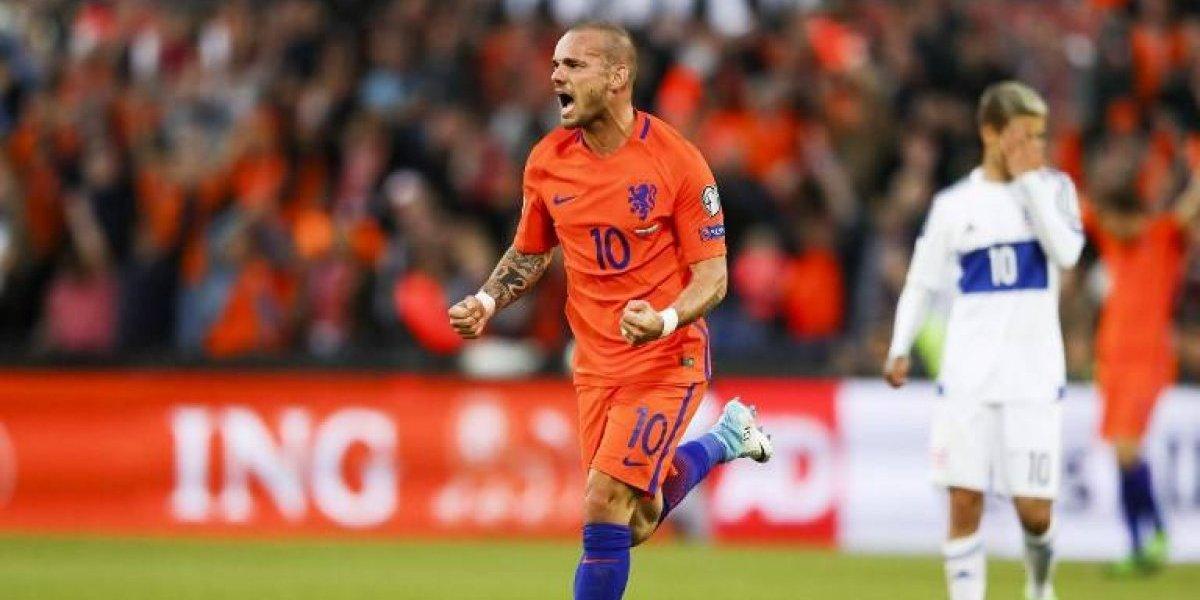 El holandés Wesley Sneijder se sumará a la lista estrellas de la Ligue One