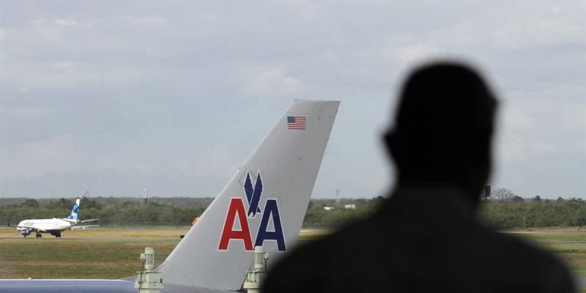 Pasajeros de American Airlines terminan en el hospital por turbulencia