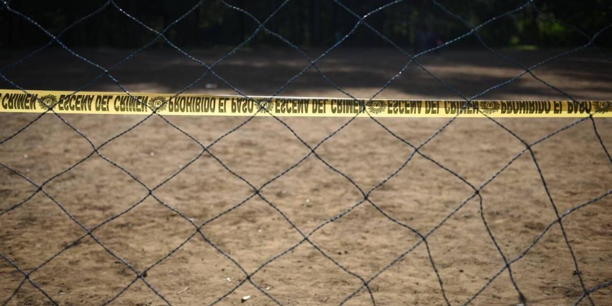Dos muertos deja balacera en campos de futbol en Santa Catarina Pinula
